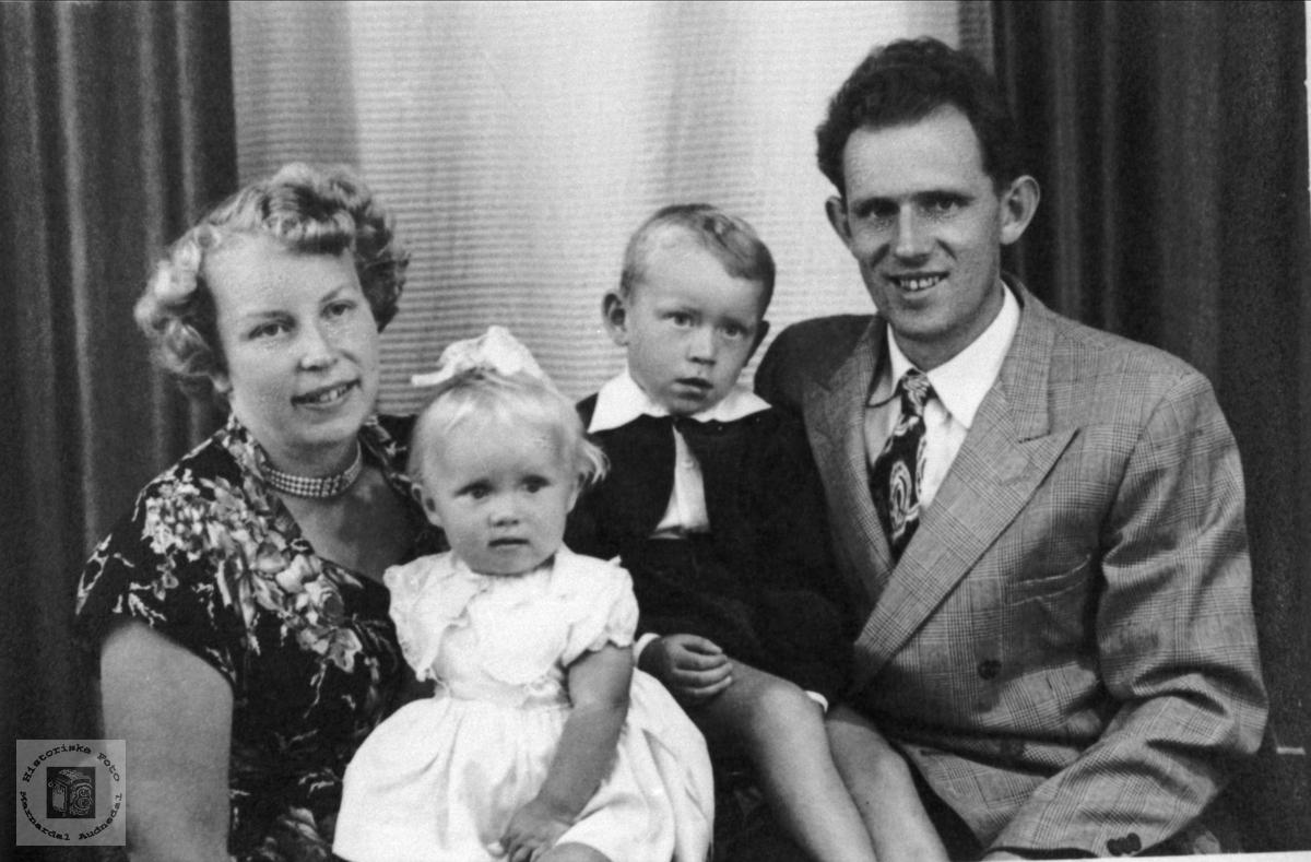 Familien Solås, Øyslebø og Søgne.