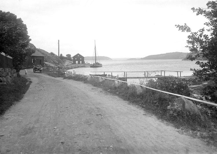 Juli 1924. Ort: Slussen, Bohuslän Objektiv: Meijer Väder: Sol.