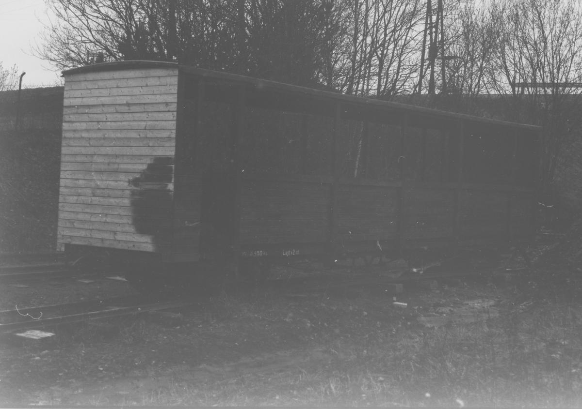Godsvogn To 1 fikk påbygget overbygning for bruk som sommervogn.
