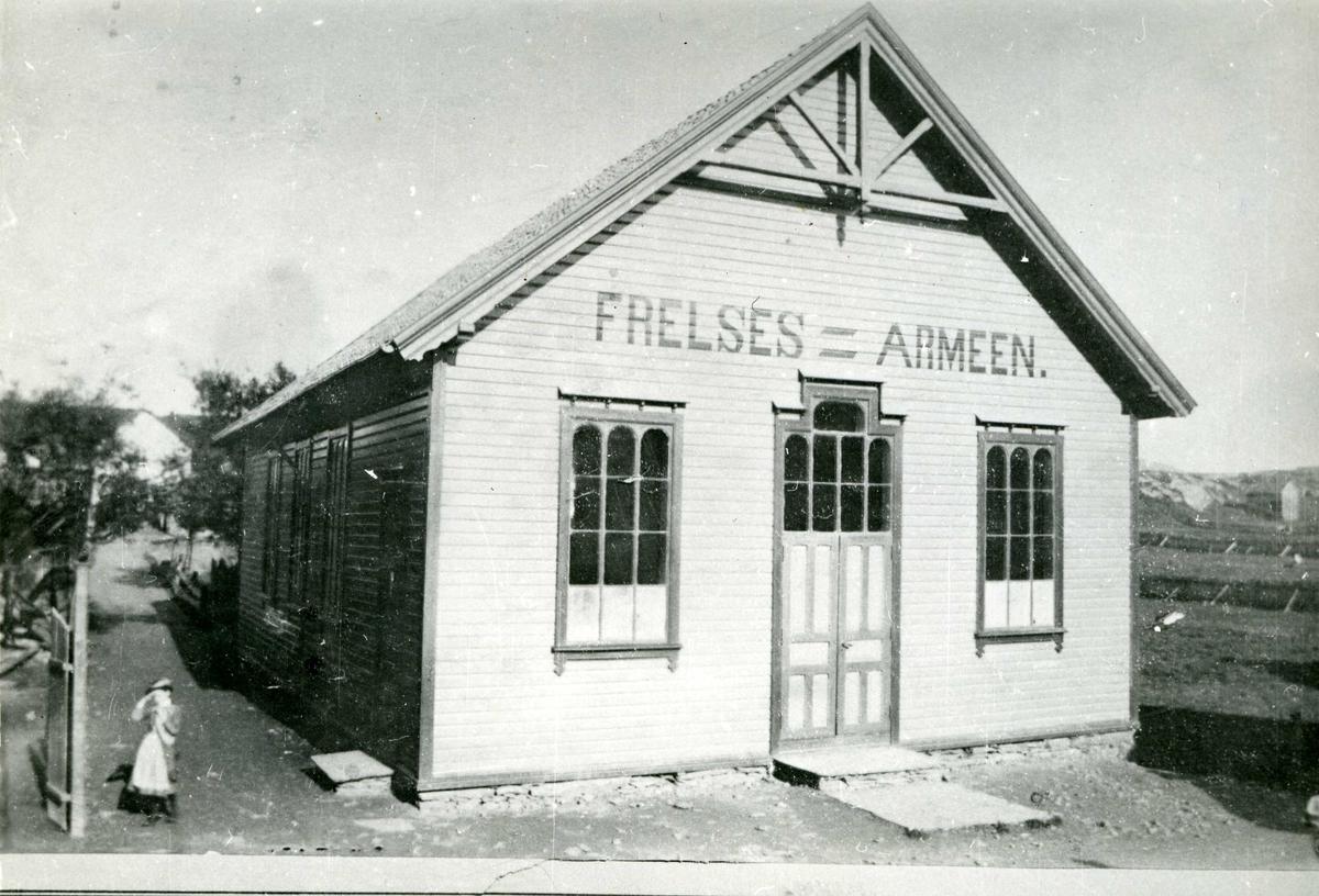 Frelsesarmeens lokale ved Landmannstorget. Frelsesarmeens første lokale bygget 1890.