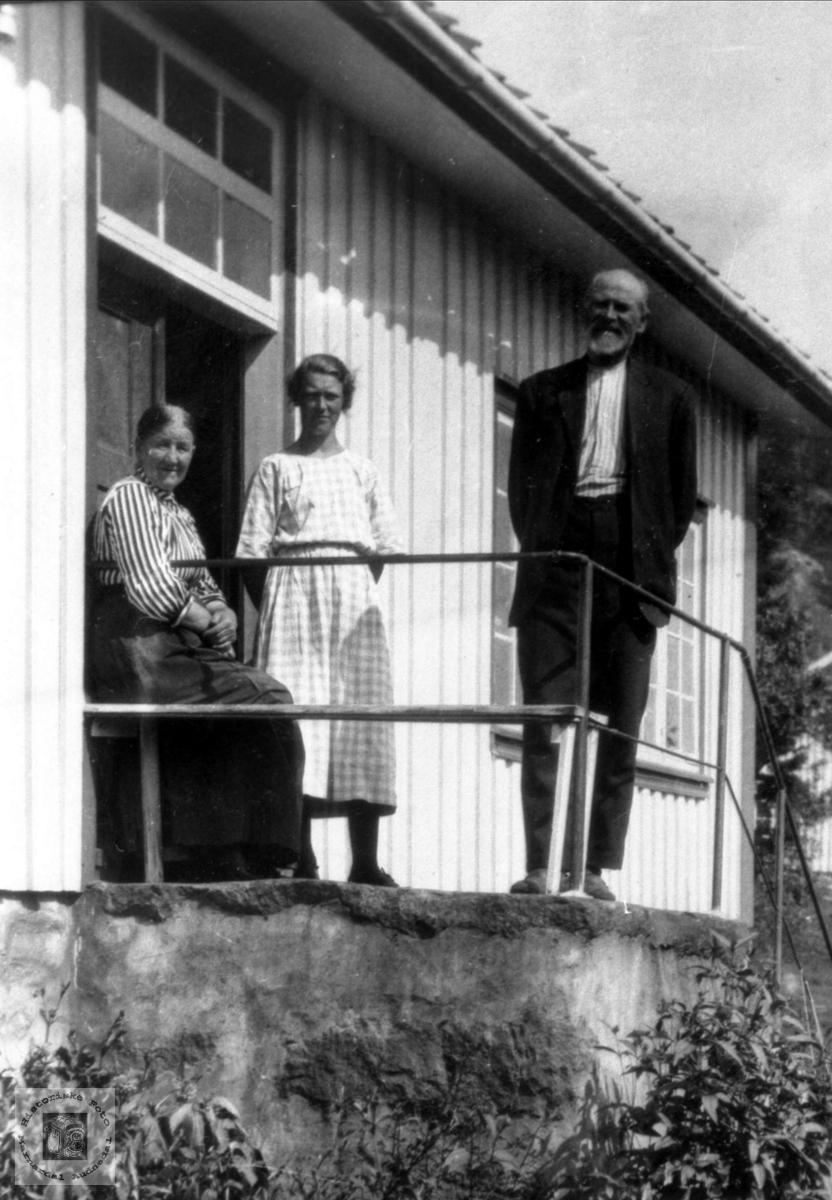 Personer på trappa