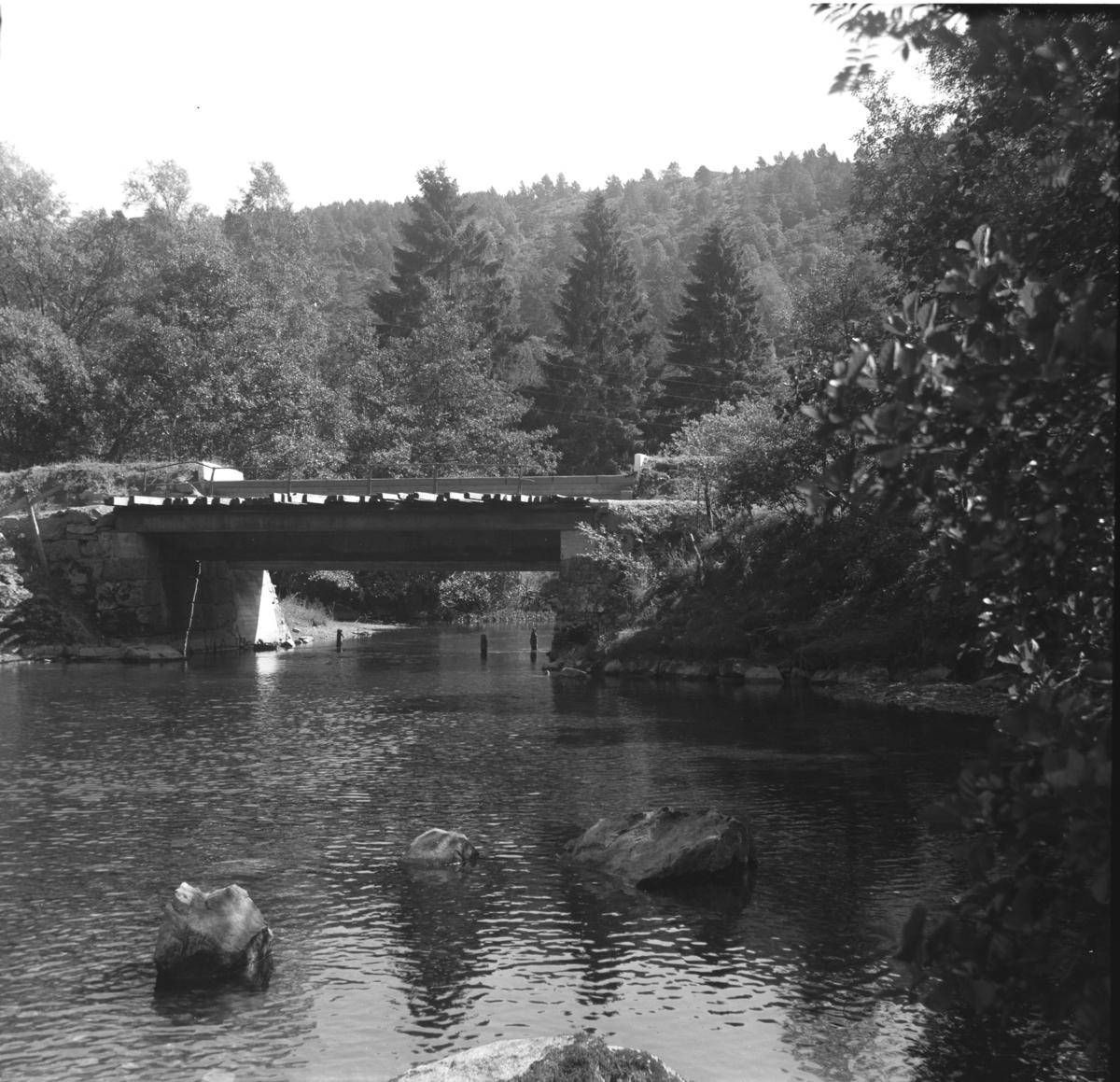 Bro ved tidligere Hamre holdeplass på Nesttun-Osbanen