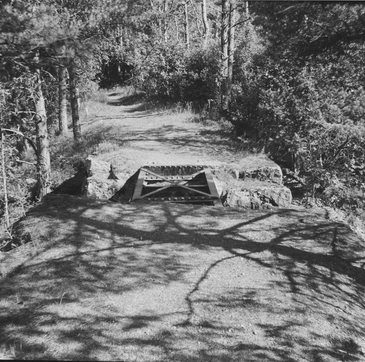 Bro på Nesttun-Osbanens gamle trase.
