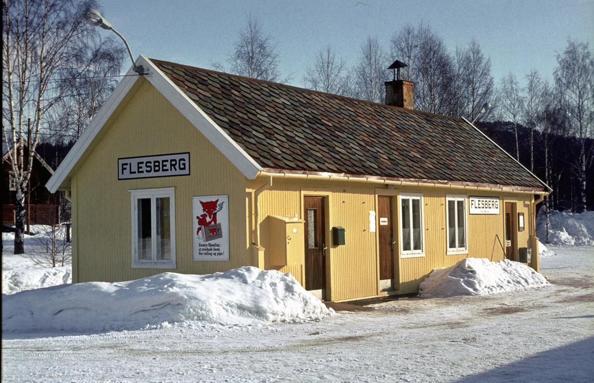 Stasjonsbygning Flesberg stasjon. Numedalsbanen. Numedal.