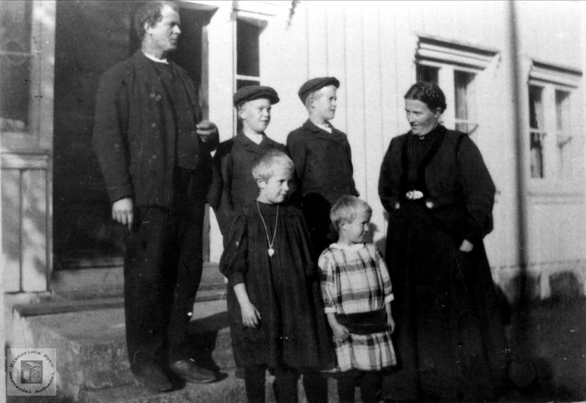 Familiebilde på Skjeggestad