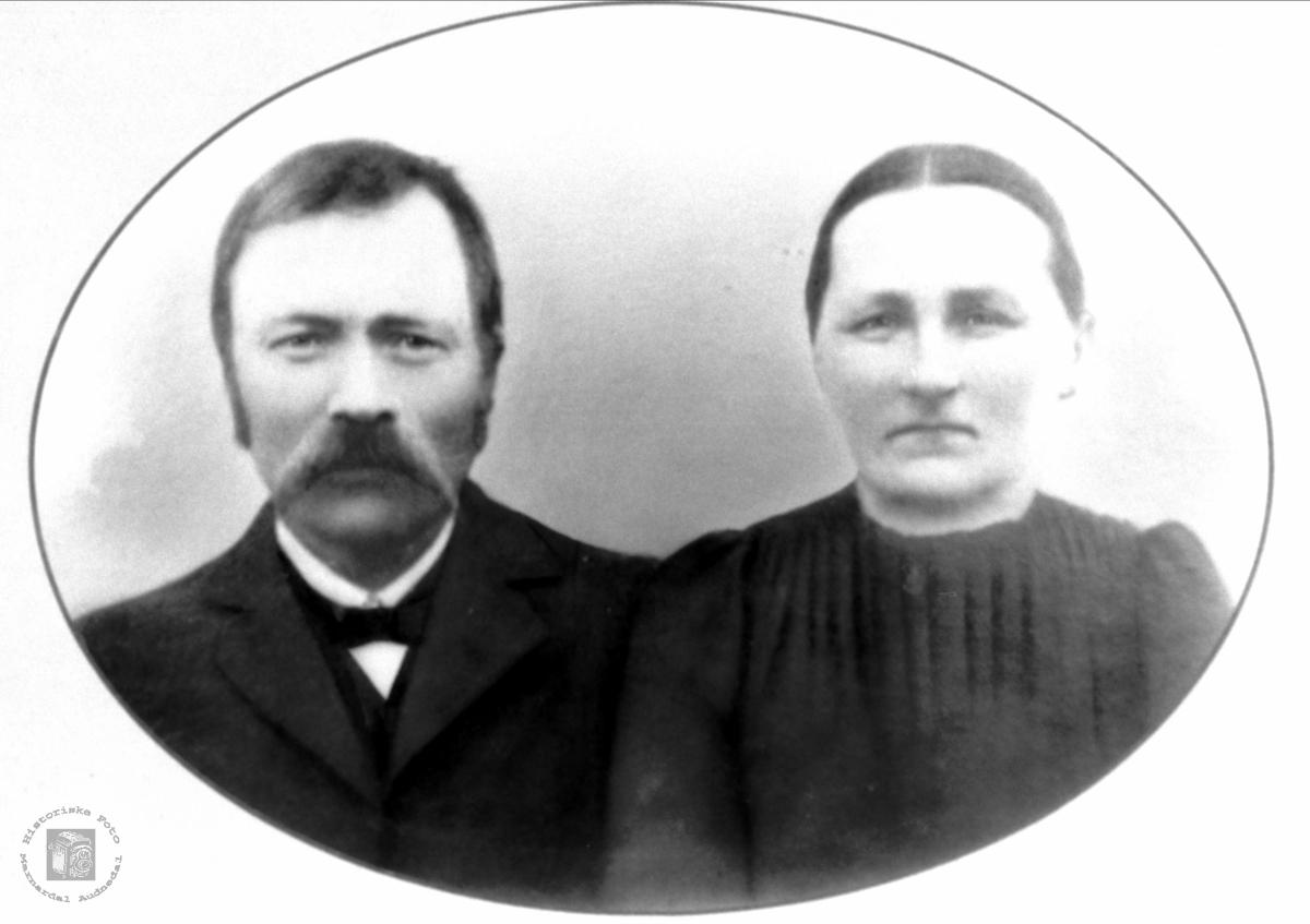 Portrett av ekteparet Tellef og Anna Moland