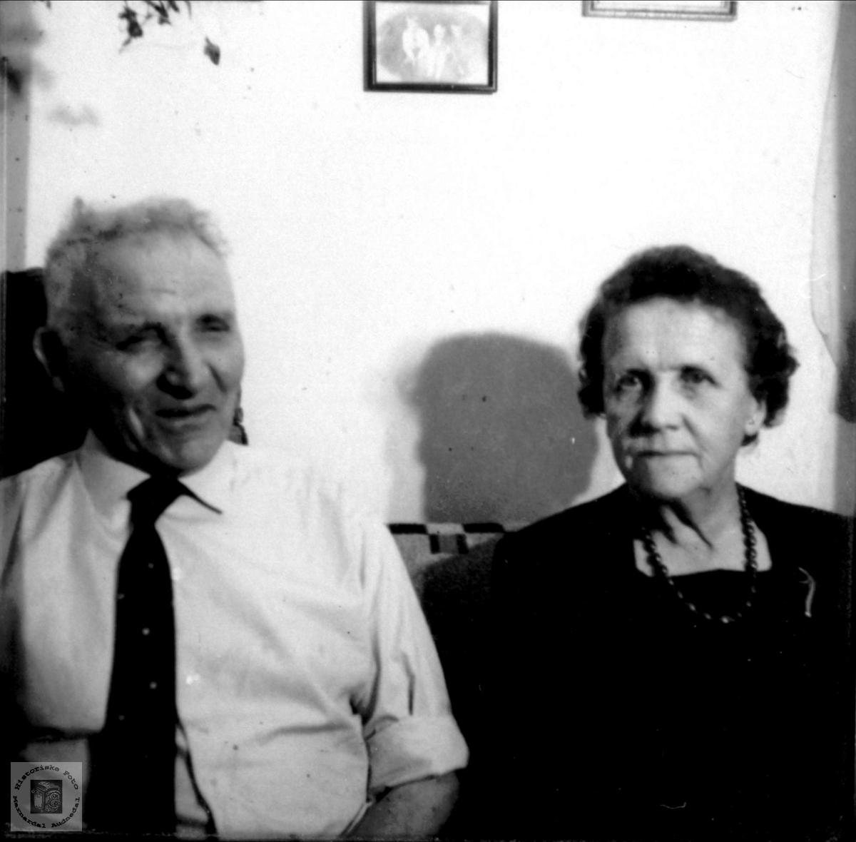 Ektepar. Knud og Olga Glomså.