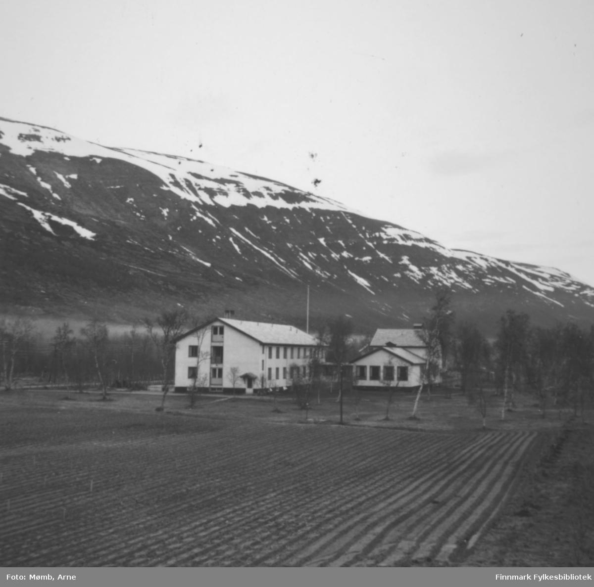 Finnmark landbruksskole i Bonakas i 1958.