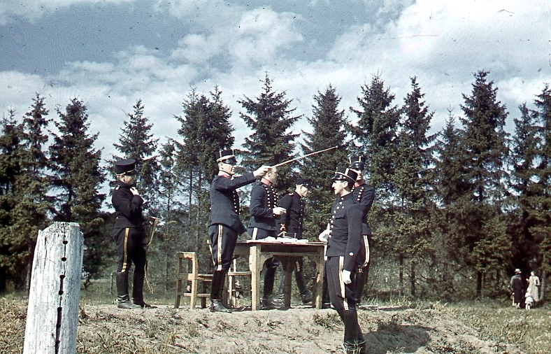 Regementets Dag. Domartribunen. Major Conradi.