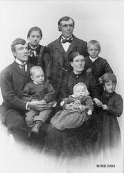 Familiebilde, 6 barn.