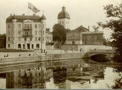 Nybroplatsen med kvarteret Bachus (gamla Borås Tidning) cirk