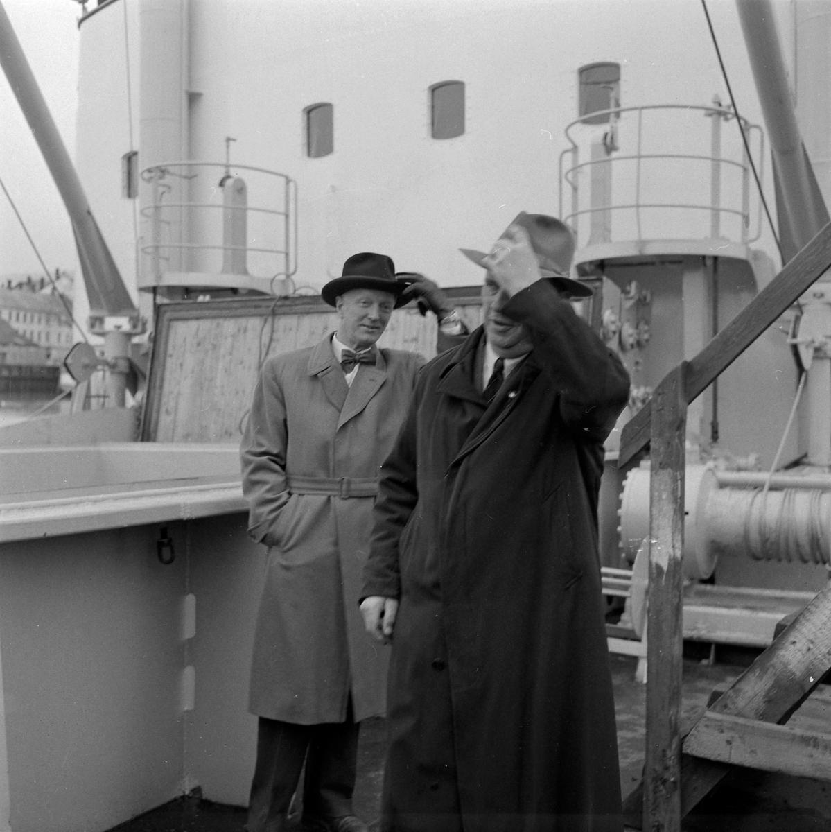 Fryseskipet Tore Jarl overleveres rederiet av TMV