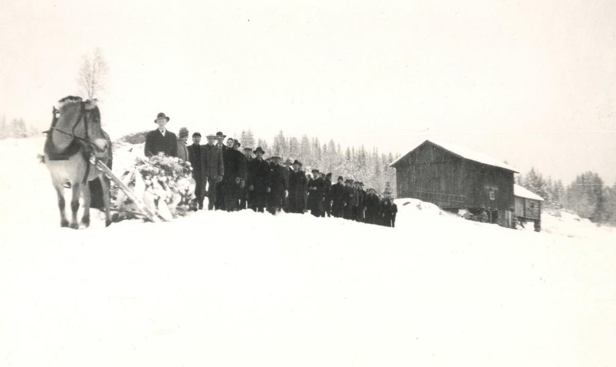 Gravferda til Halvor Halvorsen Lie, 1949