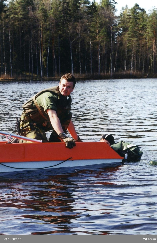 Militär dykutbildning.
