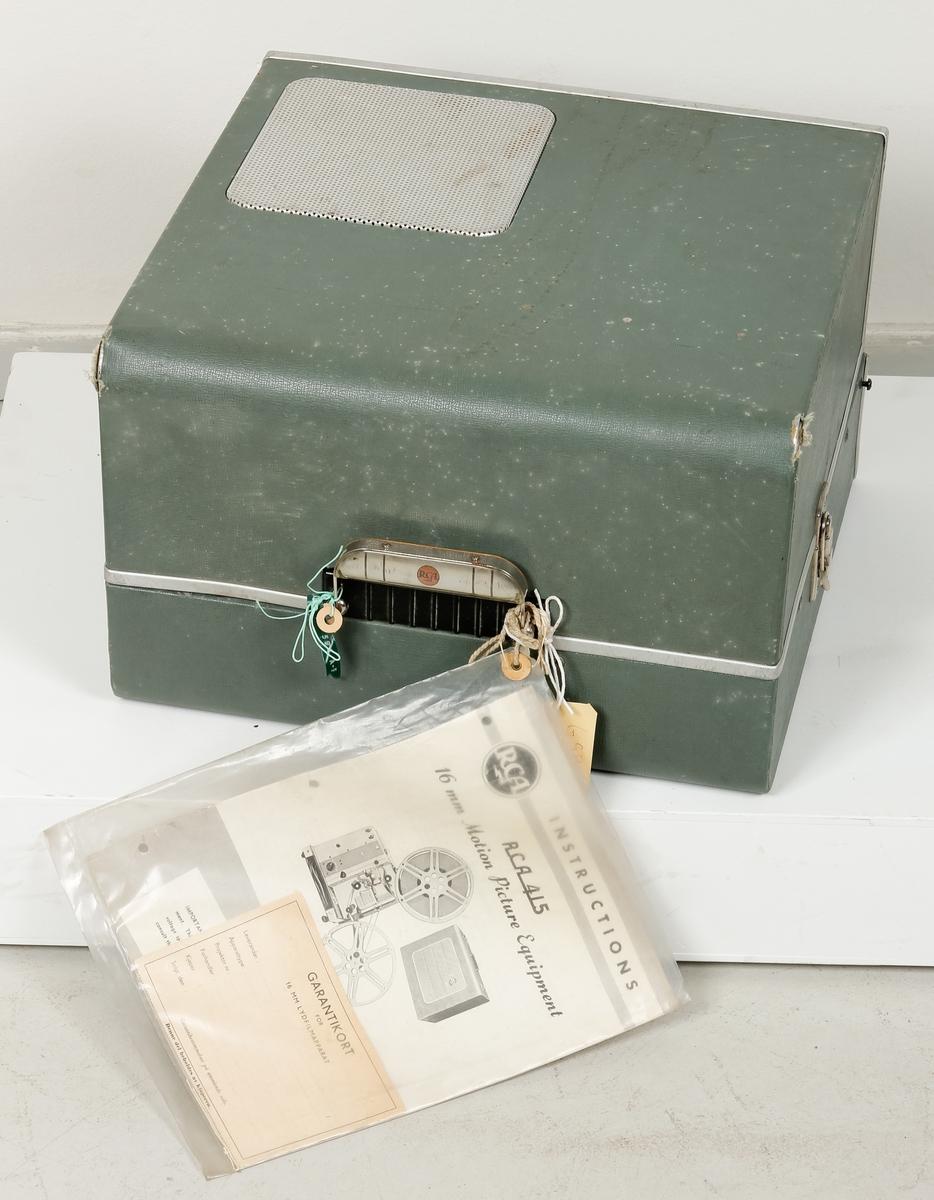 Filmkamera, RCA 415 med bruksanvisning.