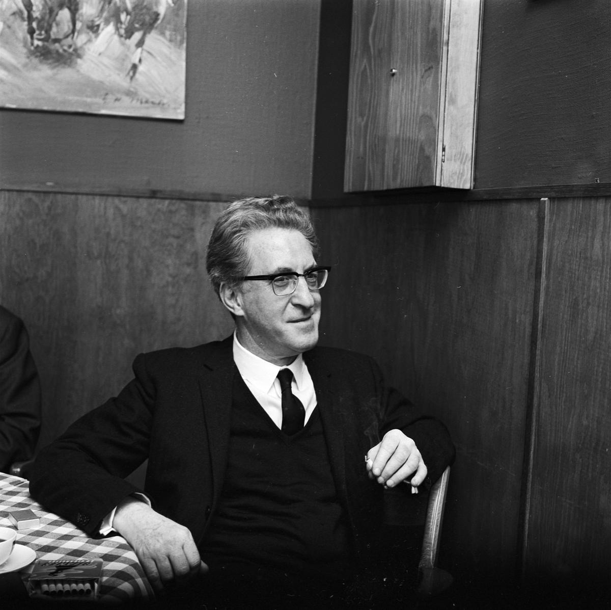 Institutet för högspänningsforskning, atomspecialist och uppfinnare Siegfrid Klein på besök, Uppsala 1966