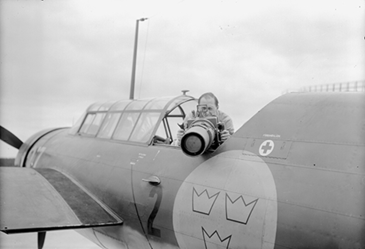 Test av handkamera typ 5 med gummidyna från flygplan S 17