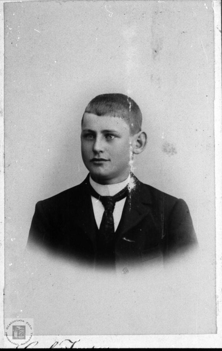 Portrett av Olaf Tved Sundet, Bjelland. Olaf var fra Mandal.