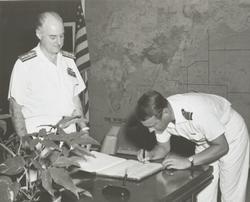 Älvsnabbens långresa 1966/67. Mottagning Pearl Harbor, Honol