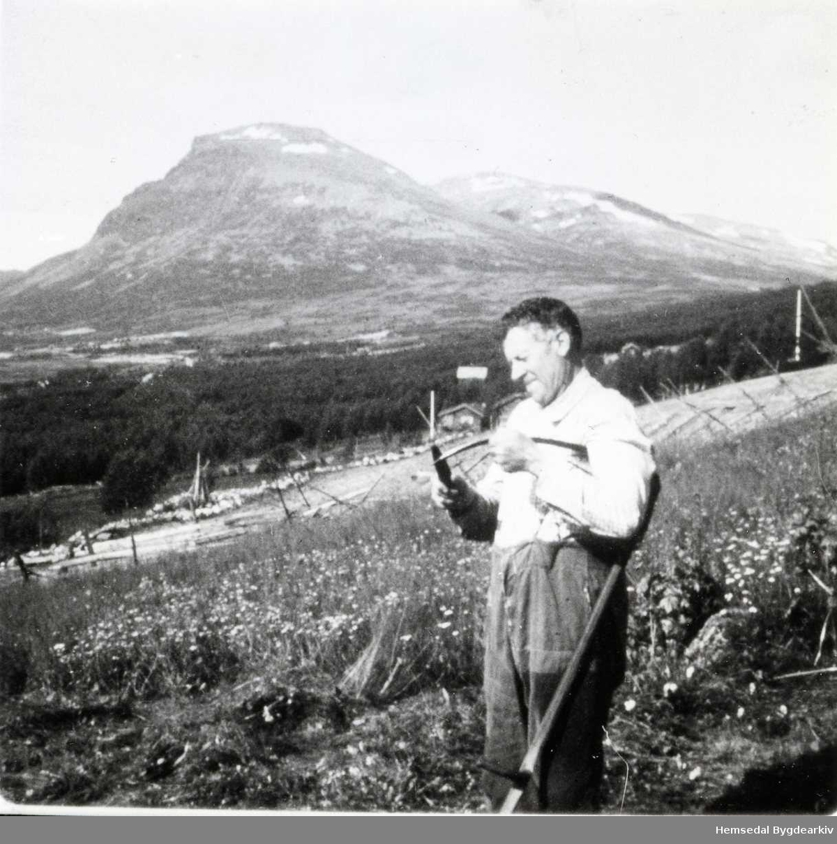Halvor K. Mythe på Jonstølane i Hemsedal i 1965
