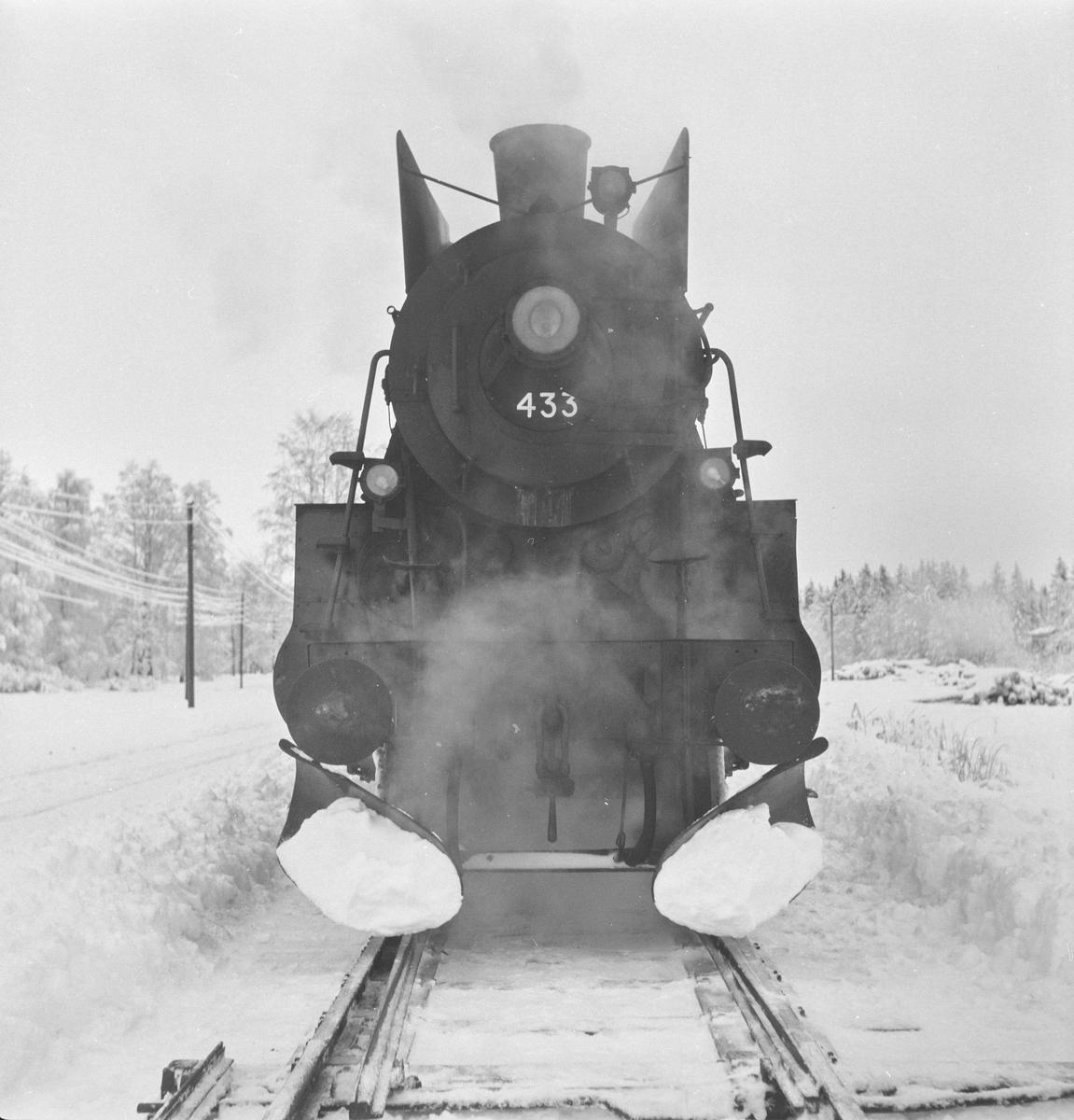 Damplokomotiv 26c nr. 433 under opphold på .