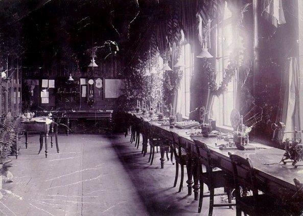 Falköping-Ranten. Rantens station före ombyggnaden på 1890-talet. Telegrafrummet