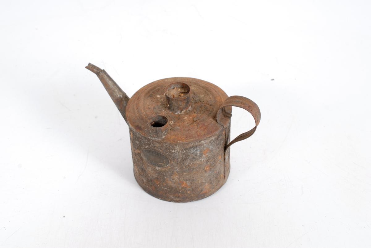 Form: Rund, sylinderformet