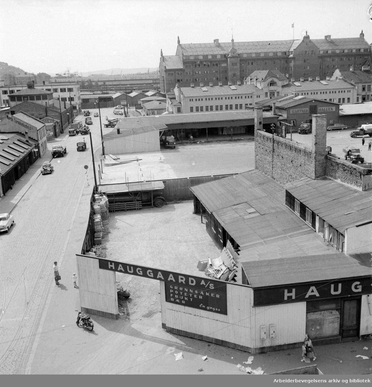 Grønlands Torg, juli 1955.