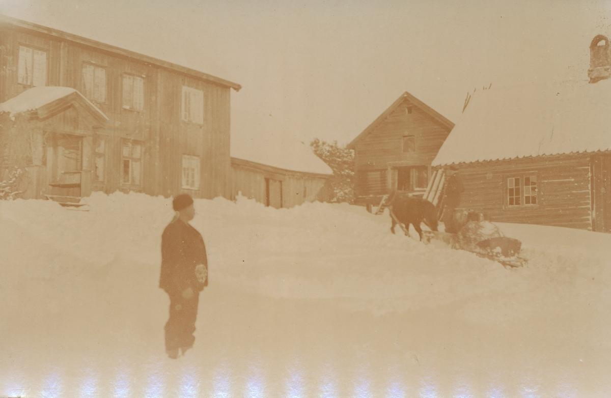 Syverstad gård om vinteren.