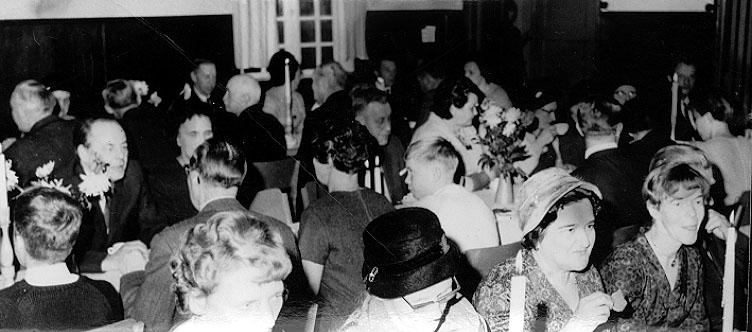 2002-04-05,AS. Thure Elgåsen. f. 1910. d. 6/9-1985. Tivedenkännare, konsthant-verkare, scoutledare och hembygdsföreningsman.Övriga upplysningar se personarkiv i Västergötlands museum.