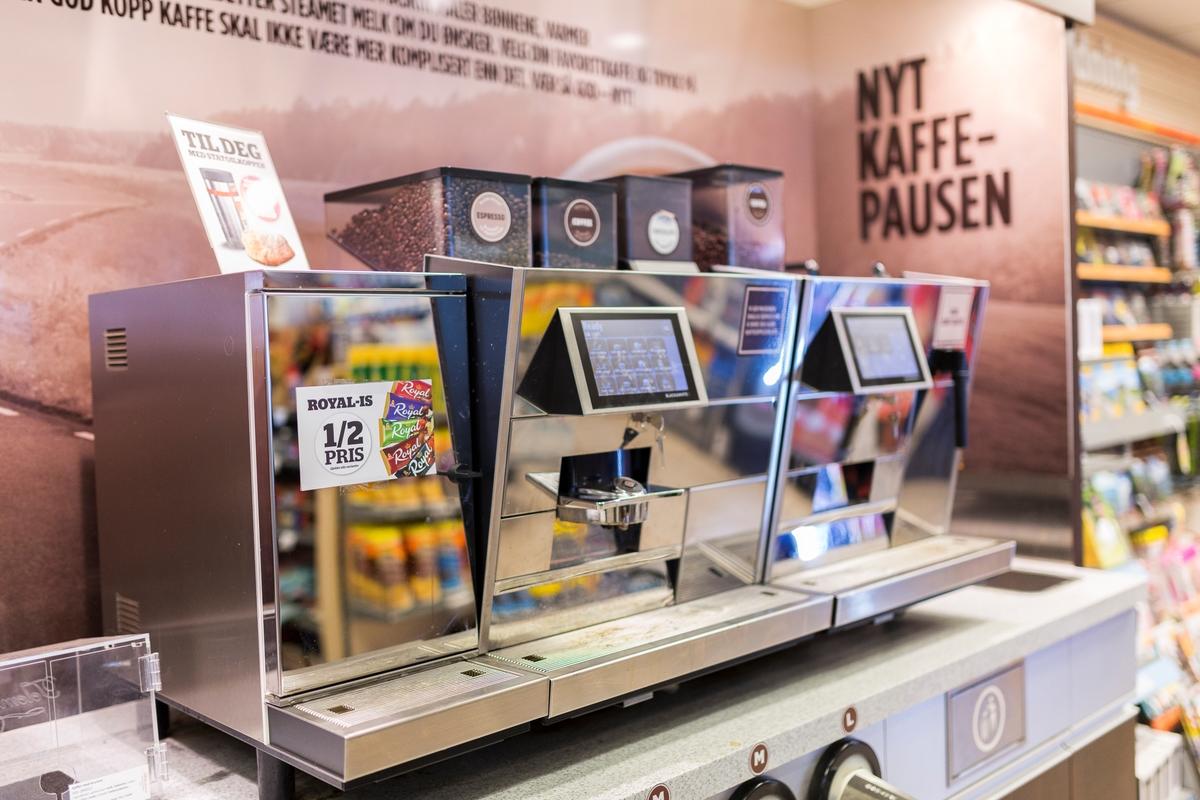 Statoil Nadderud. Kaffeautomat med mange valgmuligheter.