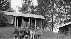 Fr.v: Oskar Olsson, Maija Mieskolainen, Enar Olsson, Marjut