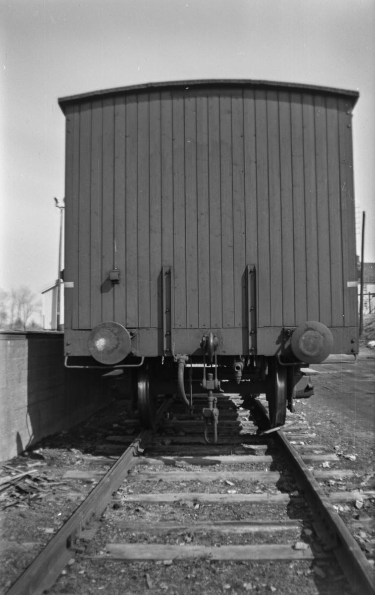 Endepartiet av normalsporet godsvogn type G3 nr. 3056.