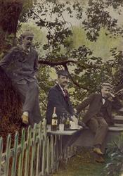 Handkolorerat fotografi från år 1909. Telegrafkommissarie W.