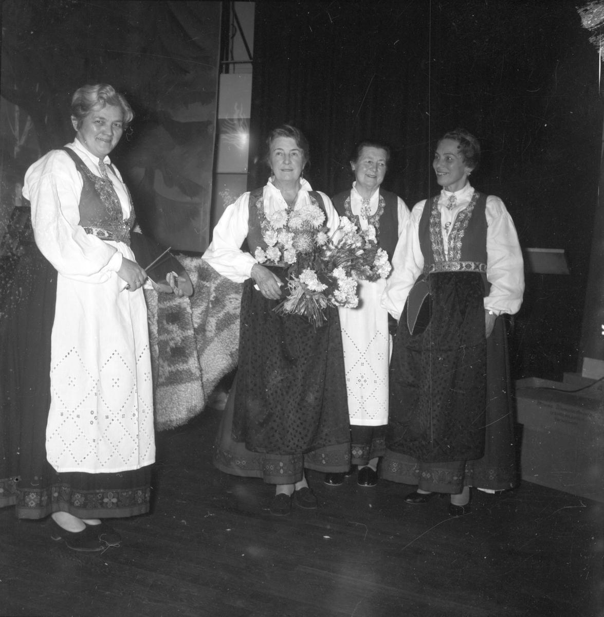 Fest i Festiviteten, Løkken Verk.