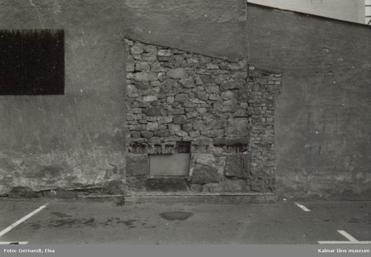 Dokumentation av bastionen Carolus Nonus, Kv Gesällen 2 i samband med ombyggnad av husvägg.
