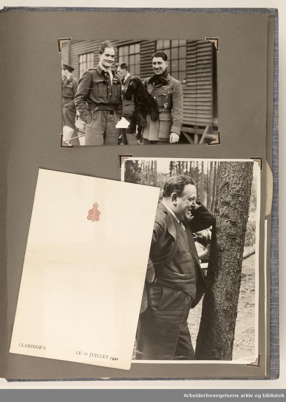 Album laget av Sissel Lie, senere Bratz (1922-1983). Foto og utklipp fra tiden hun tjenestegjorde i Den norske hærs kvinnekorps i Storbritannia under andre verdenskrig. Hun oppnådde graden fenrik i kontrolltjenesten. Albumet har tittelen Sissels Scrapbook fra 1944-45. Side 105: To fotografier og en meny fra Claridges, datert 16. juli 1942. Foto nederst t.h er et portrett av Trygve Lie. ..