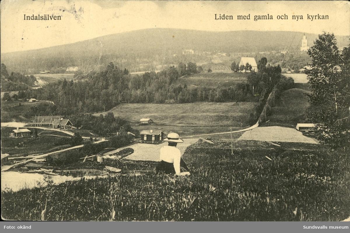 Vykort med motiv över den gamla och nya kyrkan i Liden.