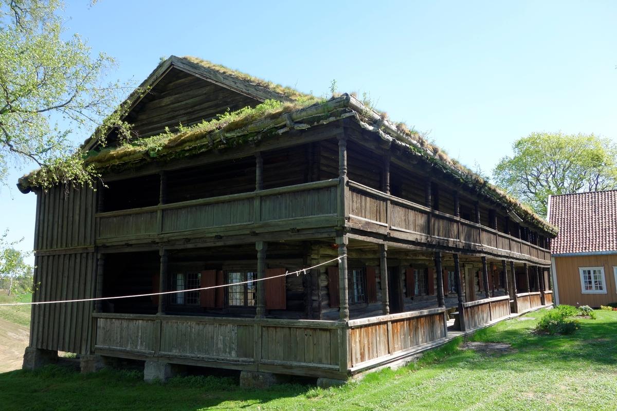 Bolighus gården Store Hvam, fra 1728. Ikke flyttet.