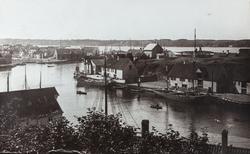 Smedasundet og Krossen sett mot sydvest, ca. 1910.