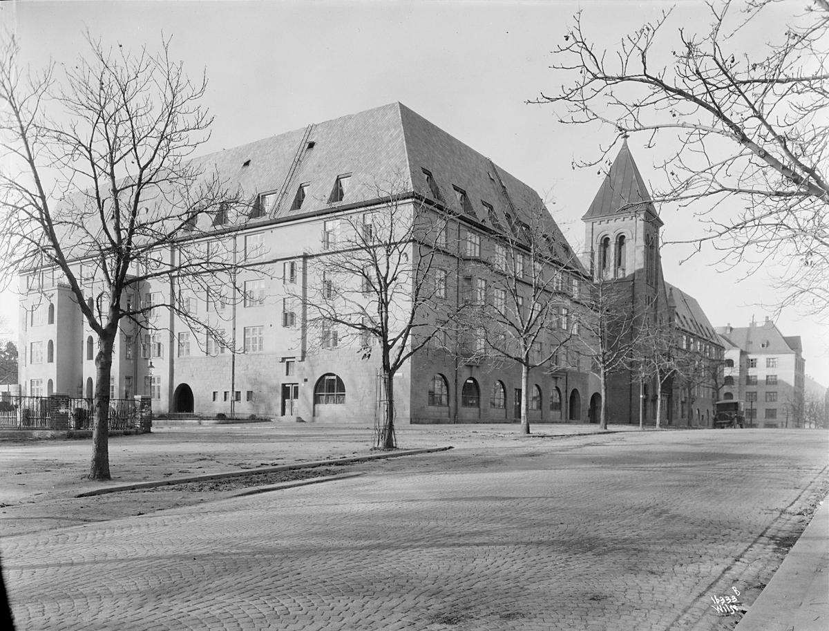 Prot: Frogner kirke