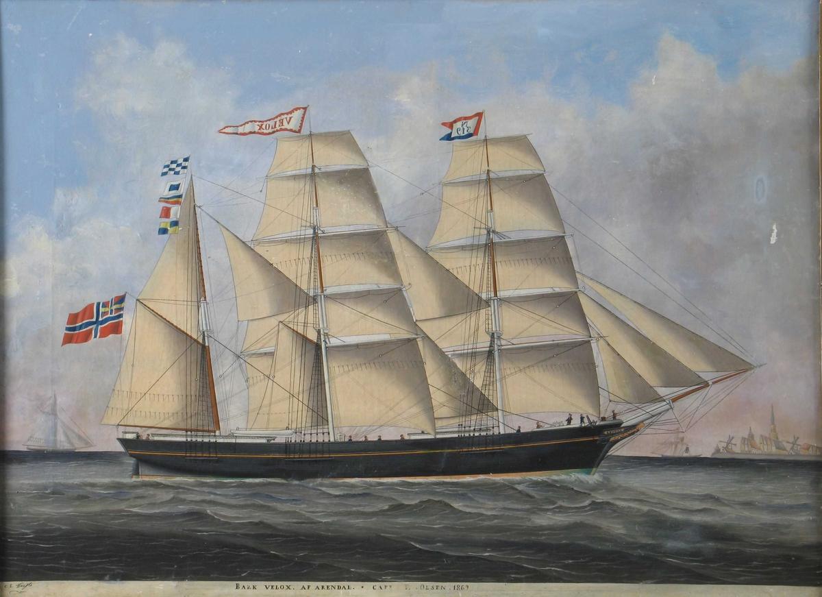 Seilskute, bark Velox af Arendal. Kurs mot høyre, for fulle seil. Unionsflagg under gaffelen. På stormasten hvit vimpel m. rød kant og skipets navn i rødt. Blått - rødt flagg m. N 319 m sort på hvitt rektangel, på formasten.
