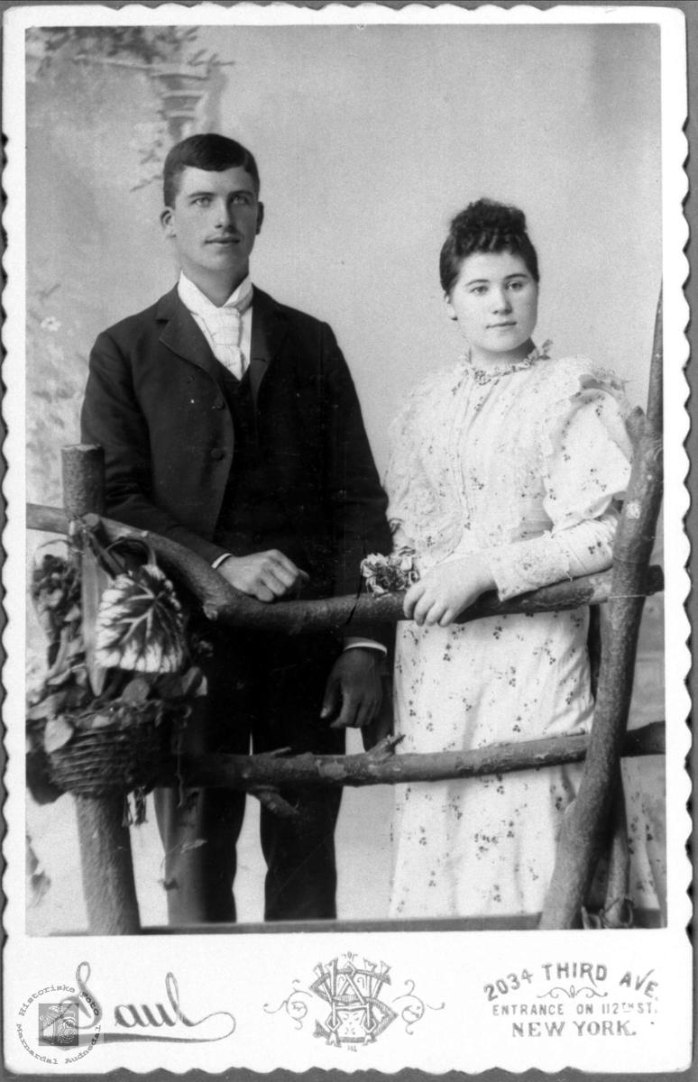 Portrett av ukjent par trolig fra Marnardal eller Audnedal.