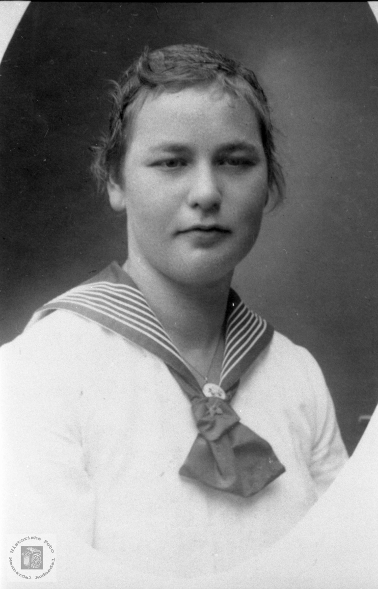 Portrett av Jenny Vormelid, Bjelland.