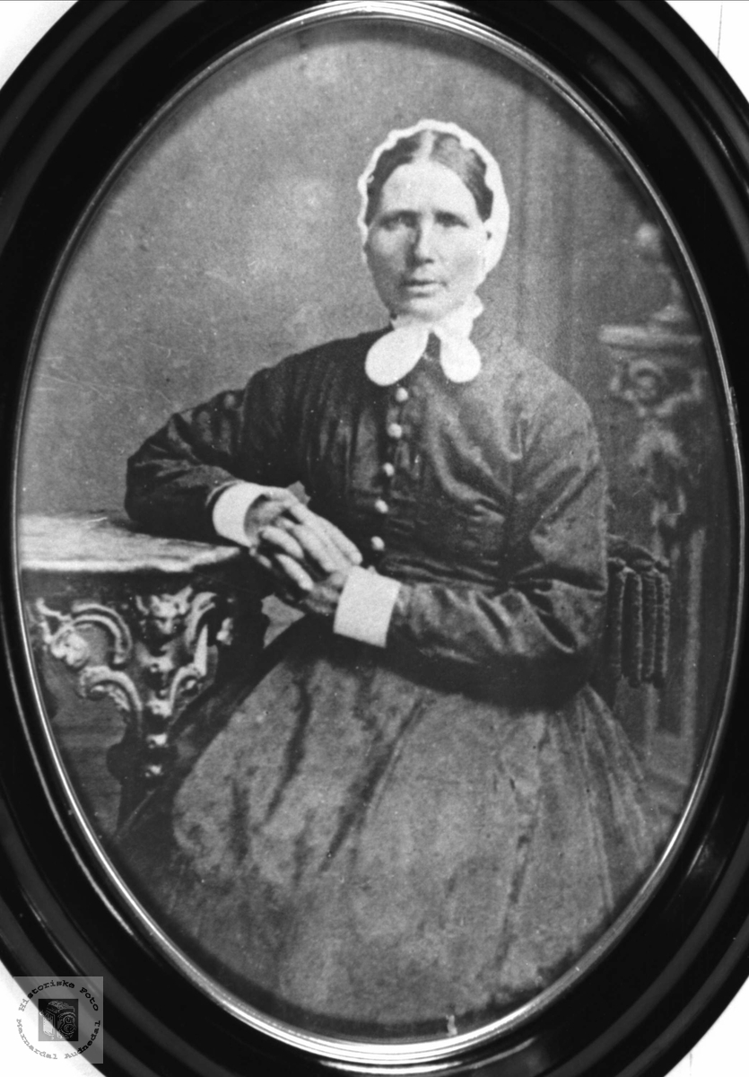 Portrett av Marte Fossestøl, Øyslebø.