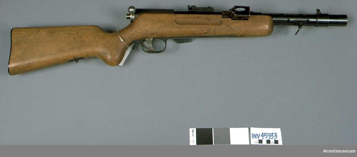 Grupp E IV. Vapnet är märkt MP 35/1 aif 43.