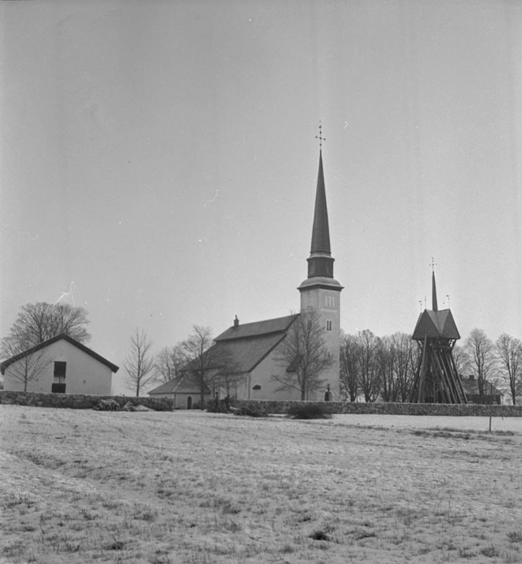 Glanshammars kyrka, exteriör.3 januari 1941.