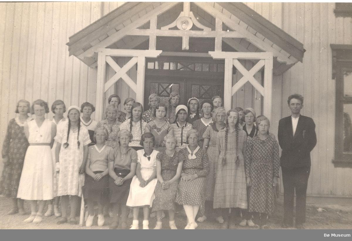 Konfirmasjonsbilde 1934, jenter