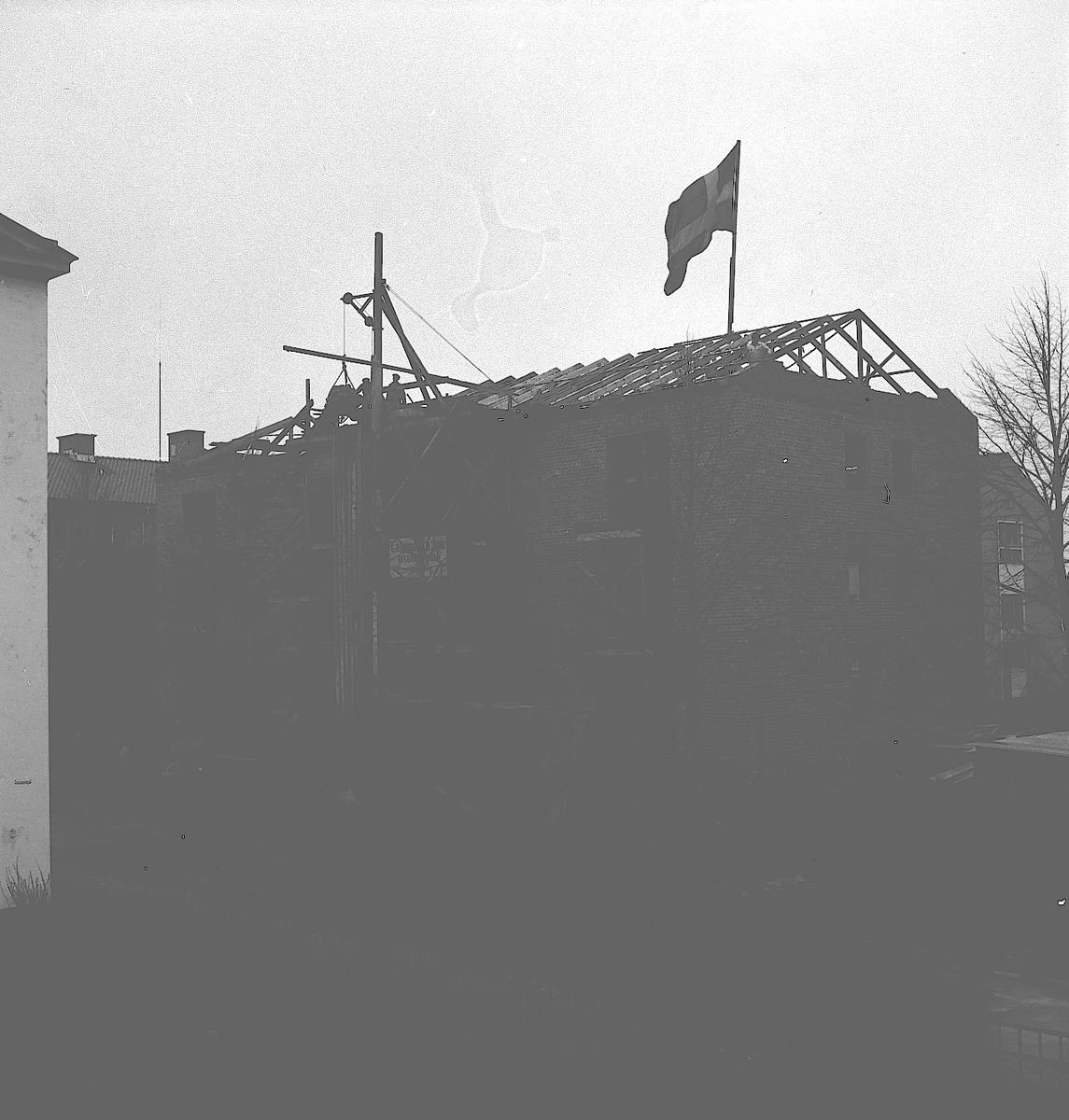 H.S.B. Taklagsfest på Söder. Maj 1944