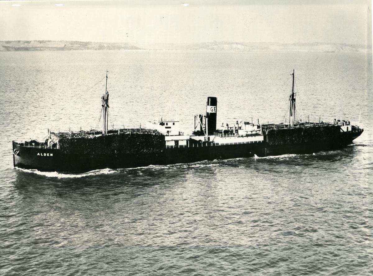 Lastfartyget ss Alden ägdes av Firma Gustaf Erikson 1943 - 1948